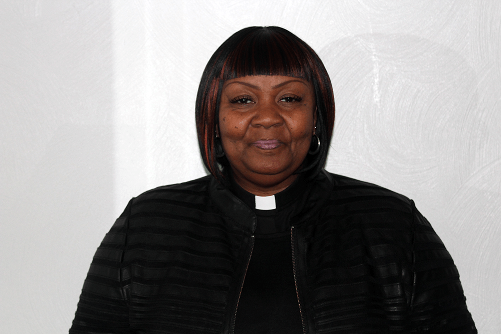 Rev. Teresa Knight-Jones